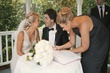 wedding-725435_640
