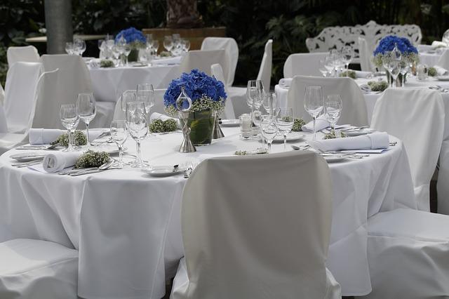 wedding-785353_640