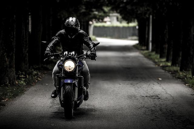 バイクでツーリング中