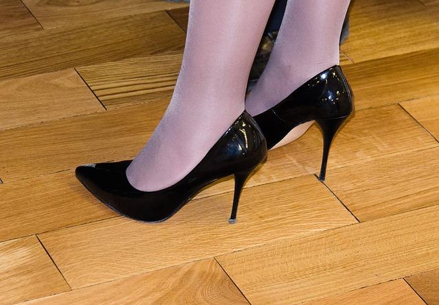 shoes-453210_640 (1)
